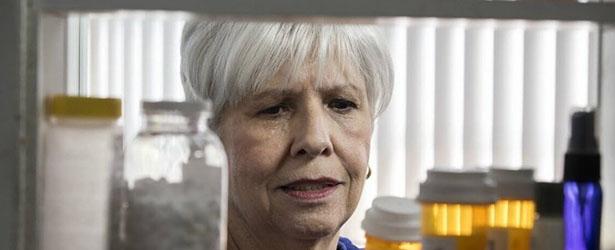 old women seeing her medicine